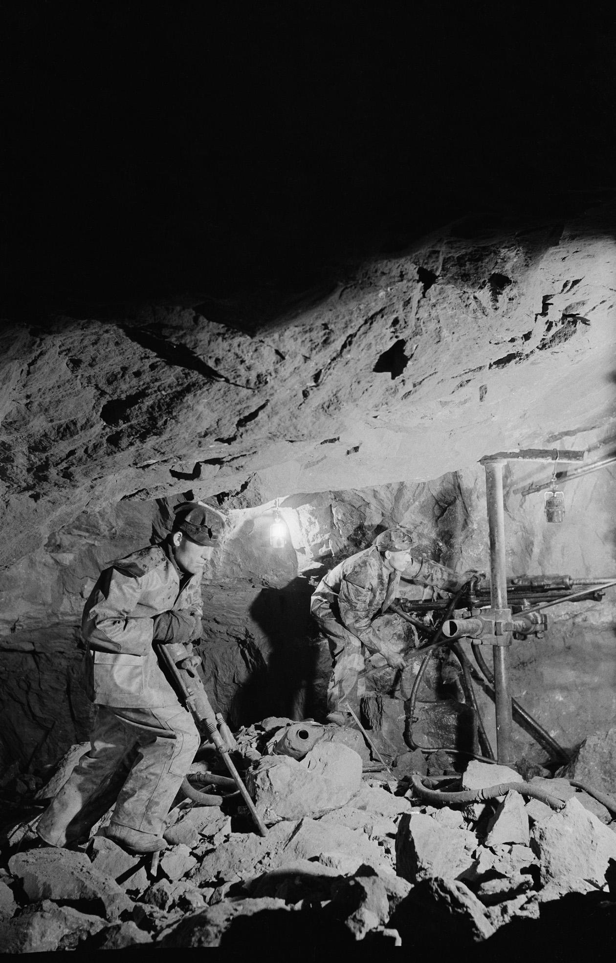 Sahalin, svintsovie rudniki (Primorskii Krai), (v zaboe)