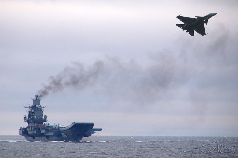 SU-33.vzlet_.TAKR_.Kuznetsov