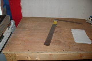 Sink mounting cutout
