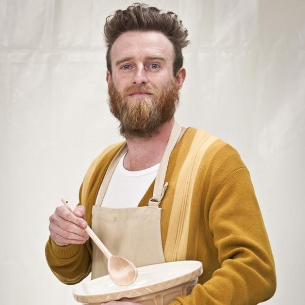 uktv-the-great-british-bake-off-iain