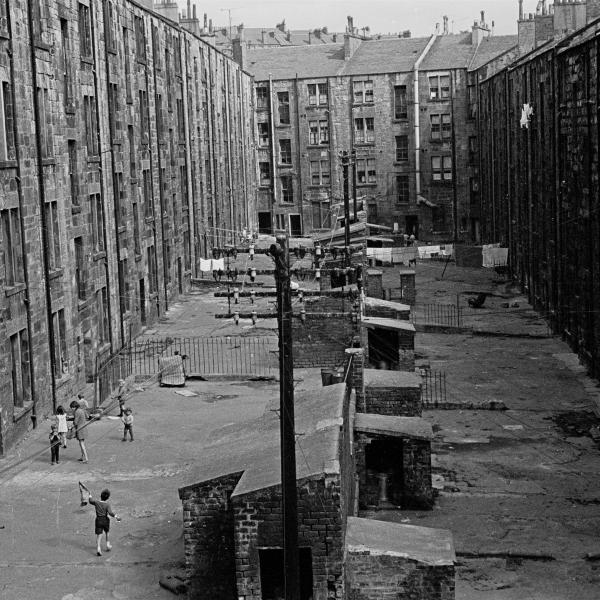 View-of-tenement-backs-Glasgow-1971-383-15