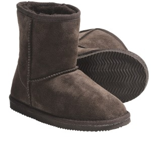 lamo-suede-sheepskin-boots-for-youth-boys-and-girls-in-chocolate~p~4831k_01~1500