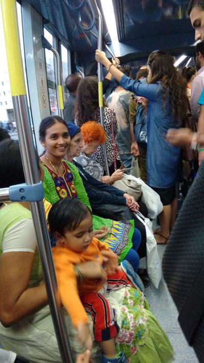 Индуску в позу фото 304-715