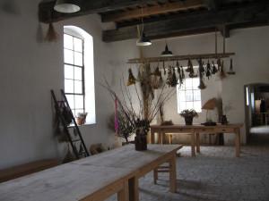 Herbalist cottage 01