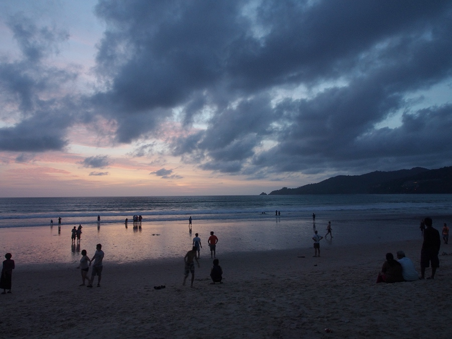 patong_after_sunset_900x675