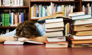 student-falls-asleep-in-l-008