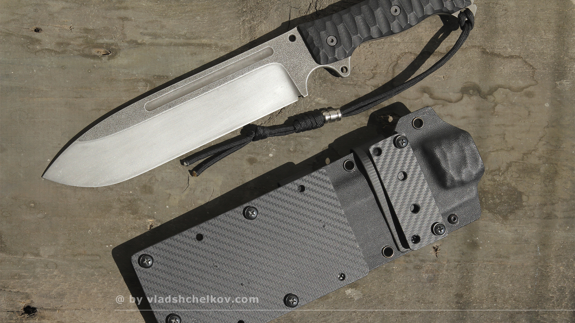 BÖHLER M390 Knife with kydex sheaths