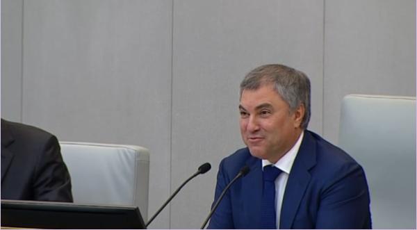 Вопрос Володину: Зачем работникам, которые уверены, что можно прожить на 3500 руб. зарплаты в 400тыщ