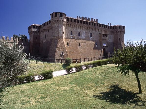 замок градара