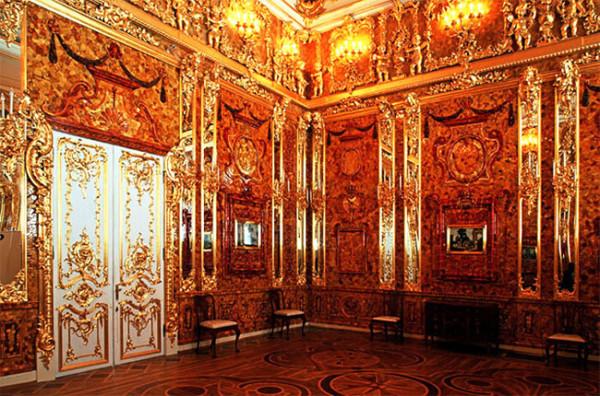 Картинки по запросу янтарная комната где находится