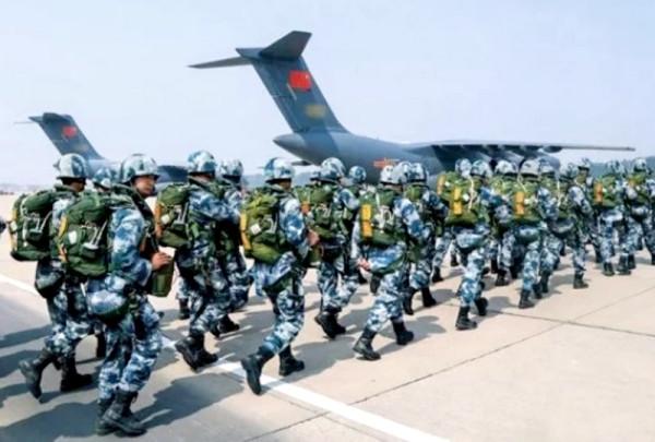 Отправка китайских военных в Венесуэлу меняет правила игры