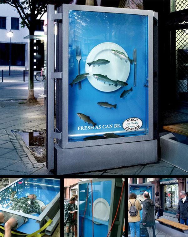 Рекламный плакат с живой рыбой