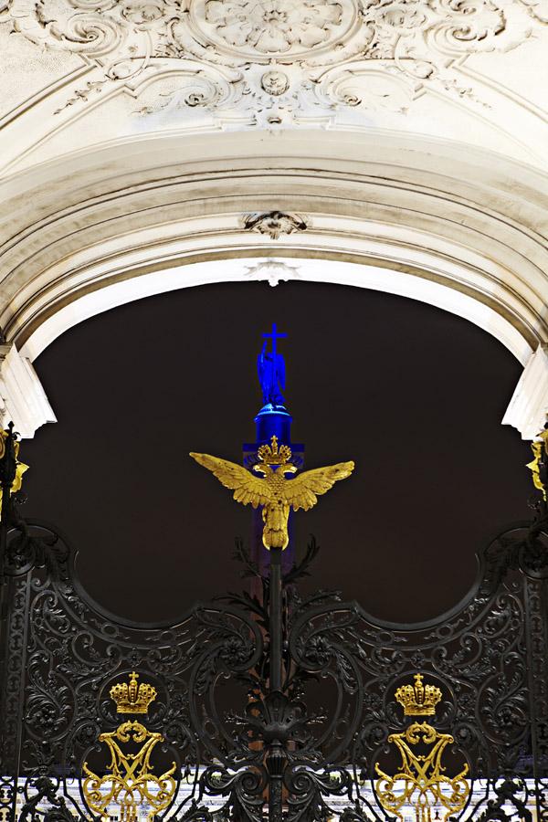 Освещение Александровской колоны