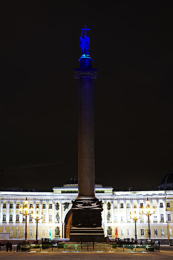 Philips и светодиодное освещение Александровской колонны