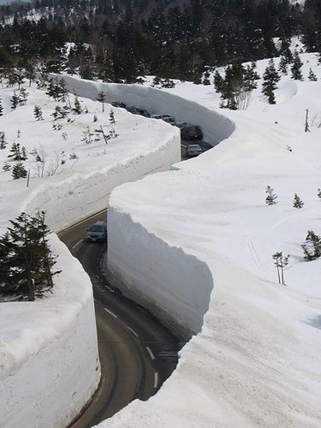 Японские альпы. Снег.