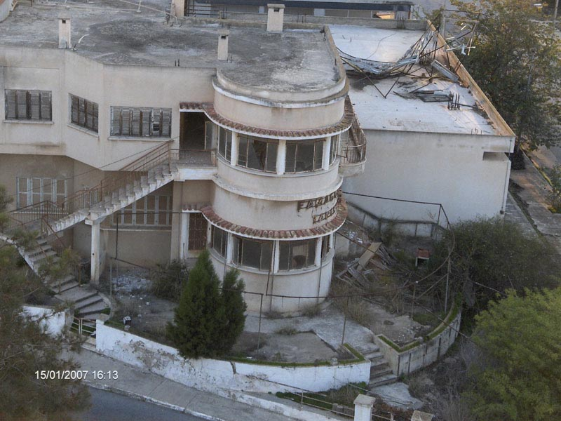 Пустующий отель