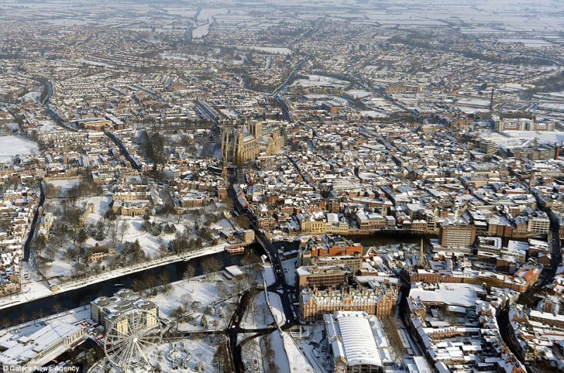 снег в Лондоне