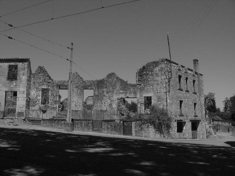 Развалины Орадур-сюр-Глан