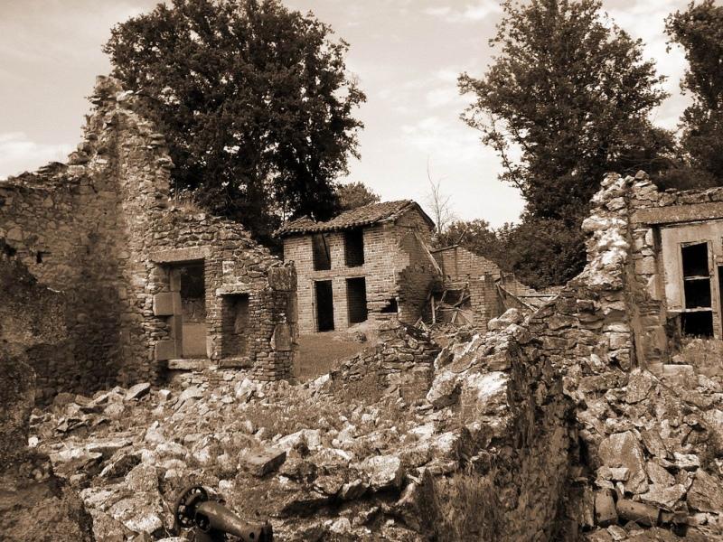 Развалины домов