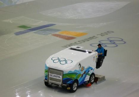 Машина для очистки льда в Ванкувере