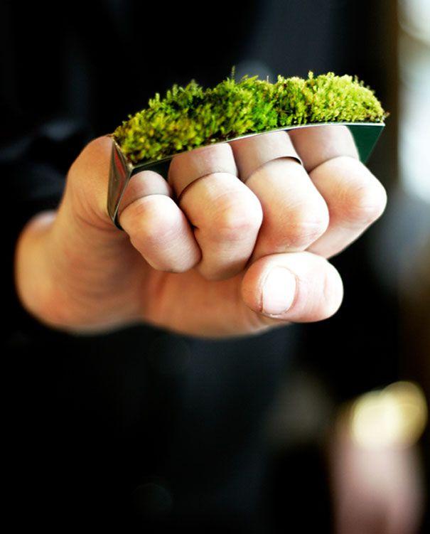 Зелёный кастет