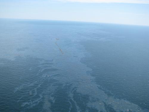 Взрыв на нефтяной платформе в Мексиканском заливе