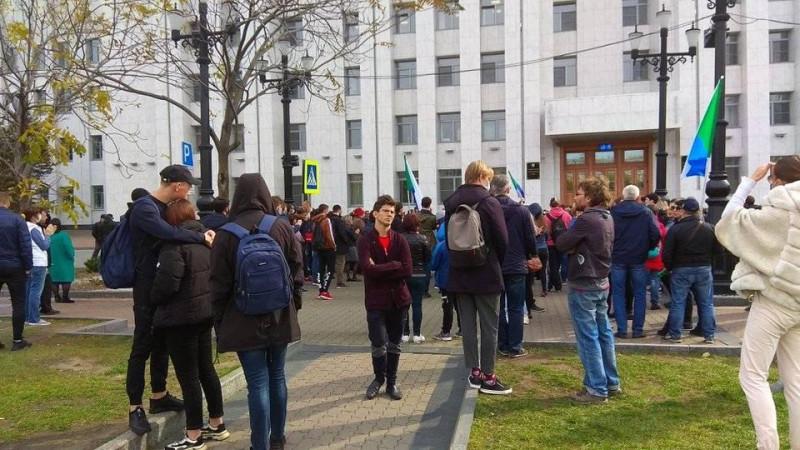 #Хабаровск, #кормимголубей внепланово в воскресенье 11 октября 2020 (следующий день после избиения ОМОНом)