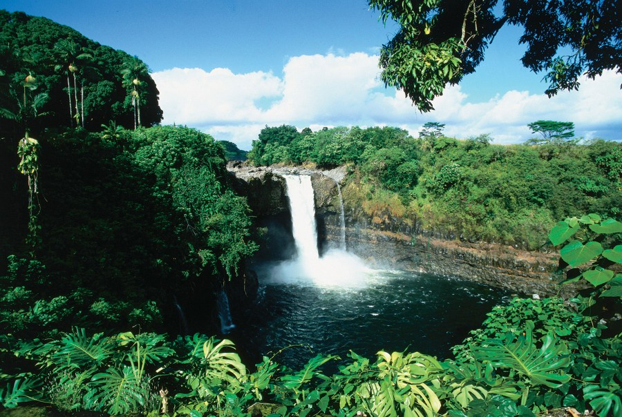 hawaii_waterfall