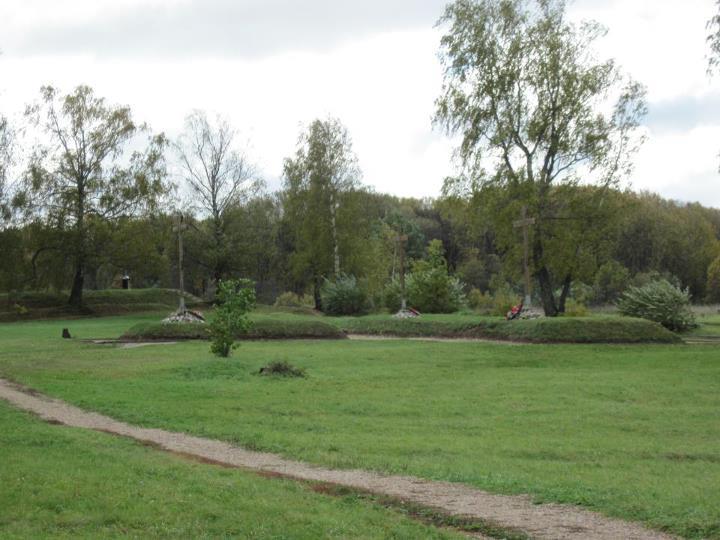 Новые братские могилы у Спасо-Бородинского монастыря
