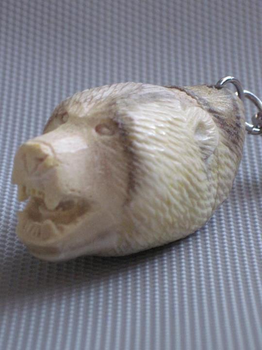 Брелок - голова медведя