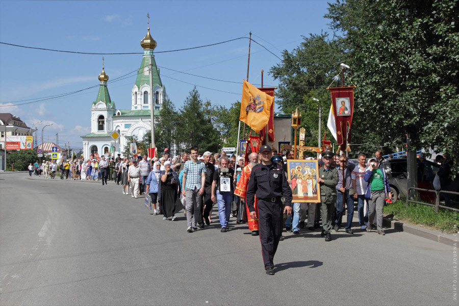 Малый крестный ход в честь Николая II в Екатеринбурге