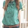 green_blouse