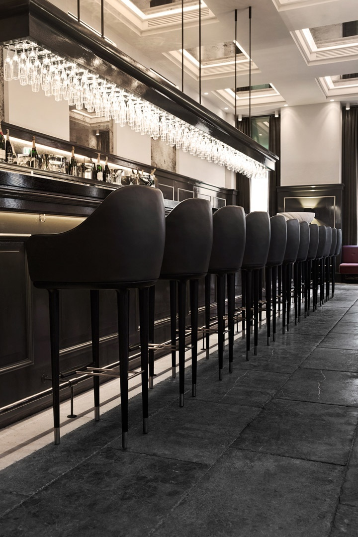 bar (15)