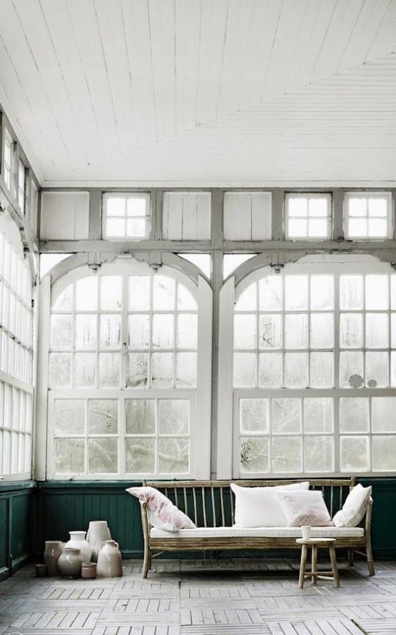 window (16)