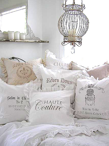 pillows (18)