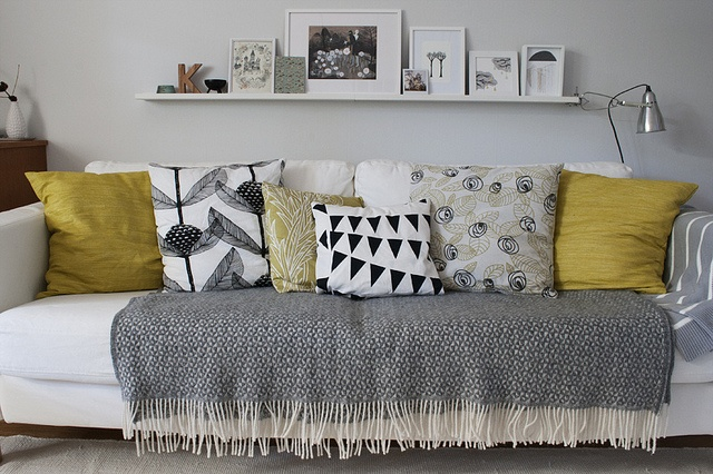 pillows (28)