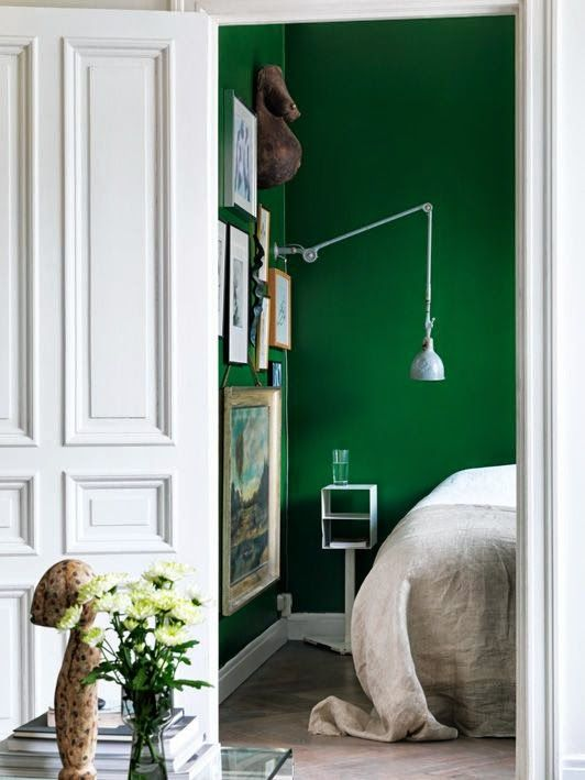 green wall (16)