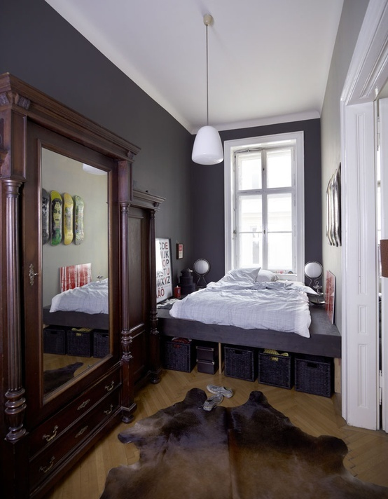 narrow bedroom (18)