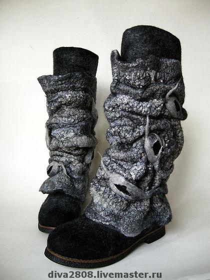 43b3047288-obuv-ruchnoj-raboty-sapozhki-valyanye-antratsitovye-n6027