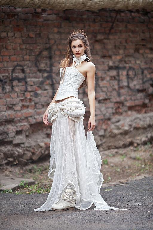 4512658475-obuv-ruchnoj-raboty-sapozhki-valyanye-svadebnye