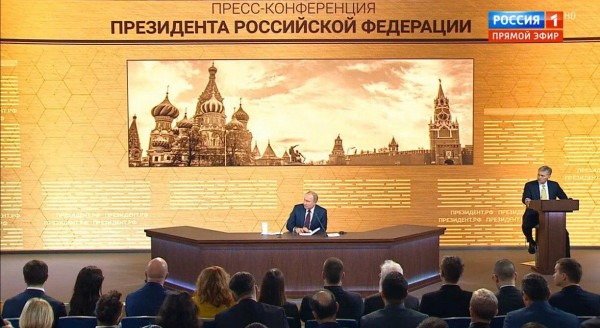 Заверяю, нет никакой проблемы трудиться и бороться, когда у России есть такой
