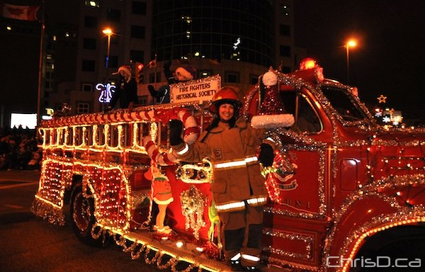 fire-fighters-historical-society-santa-claus-parade