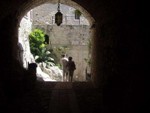 Стук в дверь или путешествие с Восторгом
