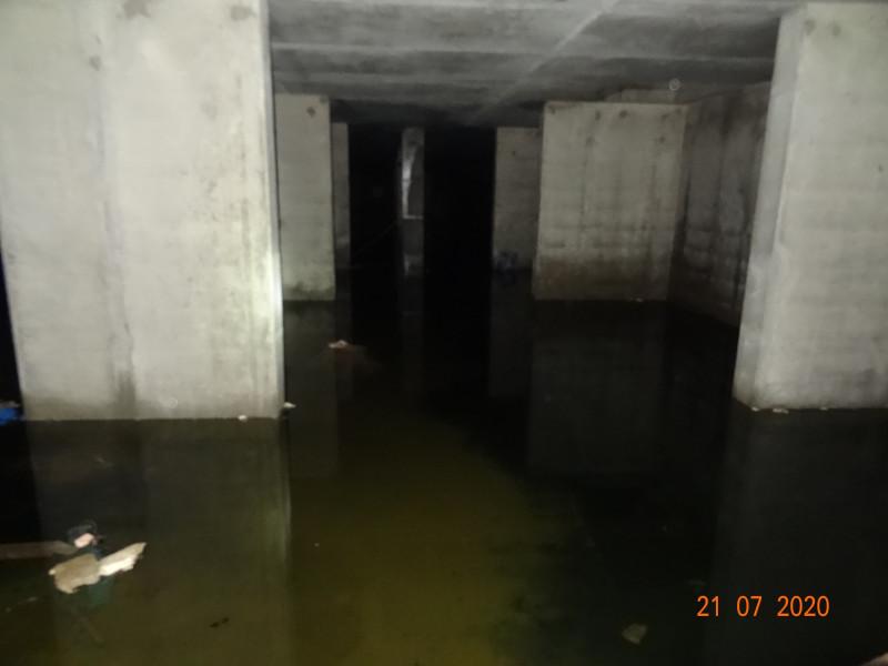 А еще говорят, что воду из затопленного паркинга жители смогут использовать для тушения пожаров в доме, ведь в нашем микрорайоне нарушена пожарная безопасность