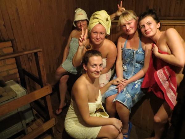 Девушки пьяные в сауне, влагалище в оргазме крупным планом видео