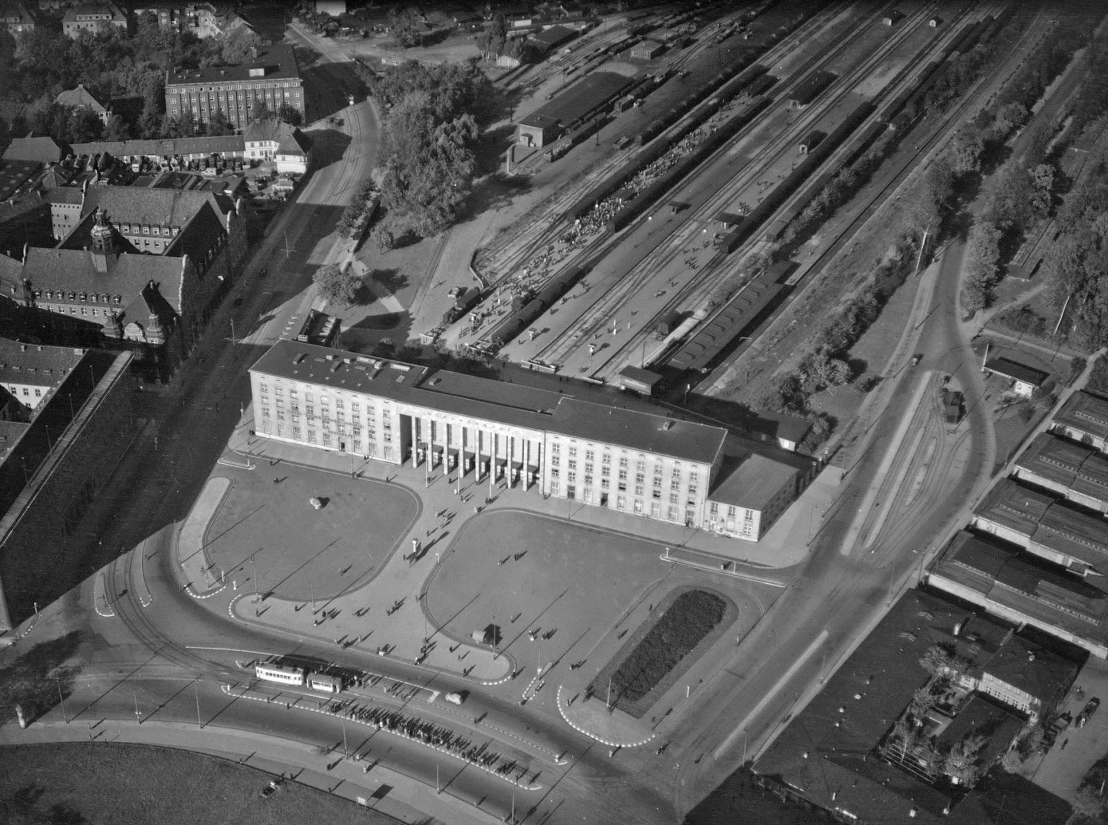 Aerial View of Königsberg (now Kaliningrad), Russia from 1942-1944 (31)