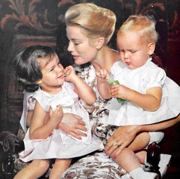 Грейс Келли с детьми