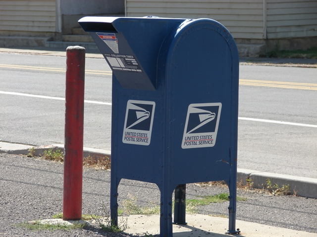 USPS_mailbox.JPG