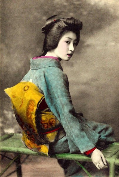 05 The Geisha HAWARYU -- A Meiji-era Beauty from OLD JAPAN (5)