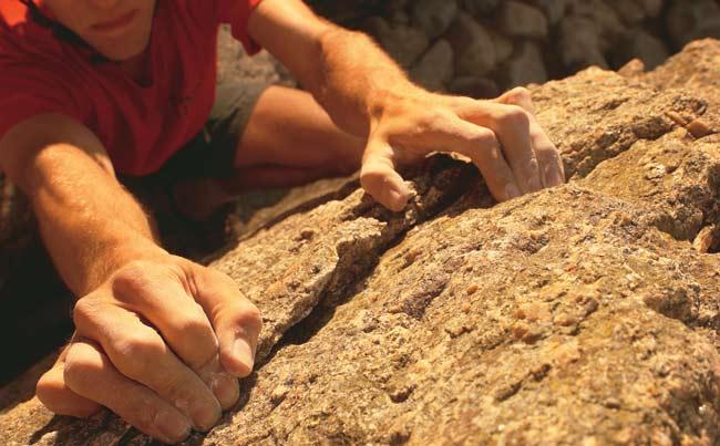 Rock-Climber-hands